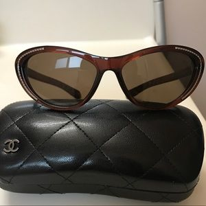 Chanel Sunglasses 6039 Like New Brown